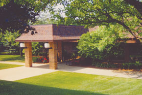 Farmington-Hills-Inn-Buildi.jpg