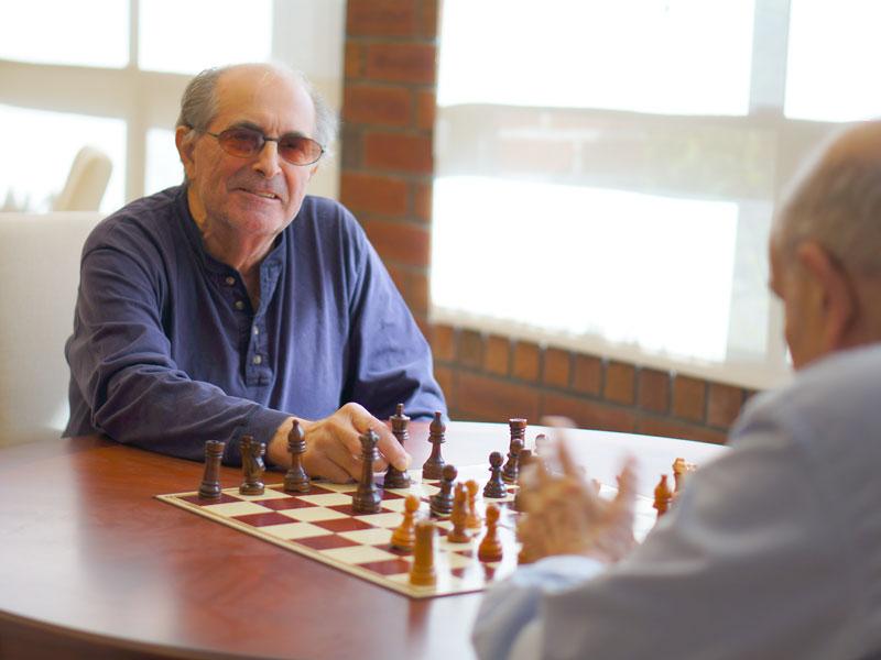 Long-Island_LivingCtr_NY_Chess.jpg