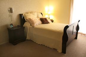 Palos-Verdes-Villa_Bedroom.jpg