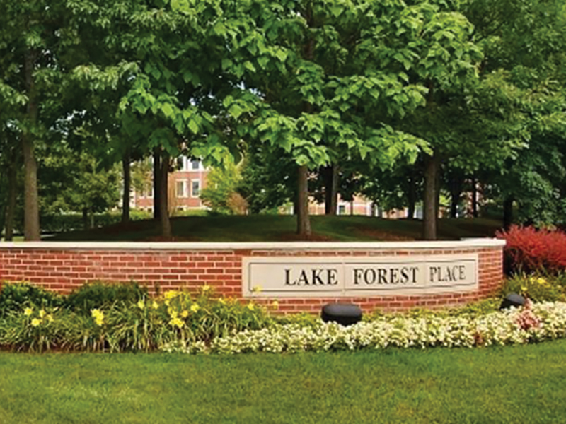 Lake-Forest-Place_Sign.jpg