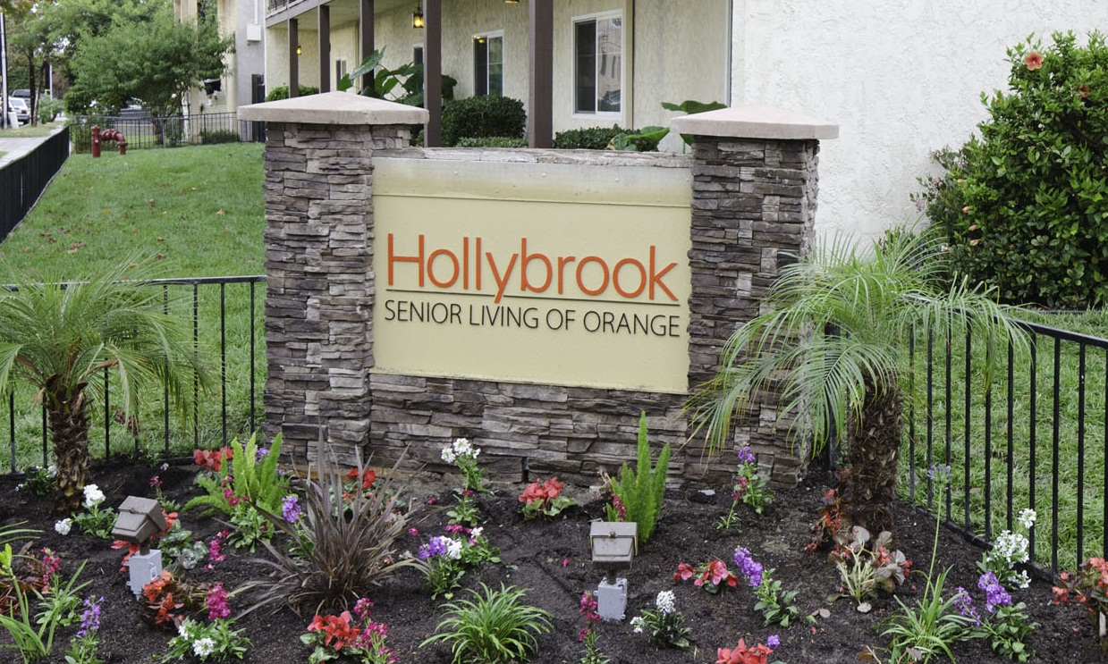 Hollybrook Senior Living  1.jpg