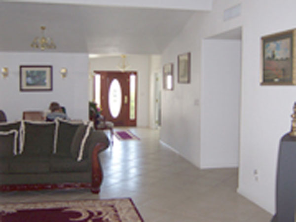 Renown-Care-Suites_LivingRoom.jpg